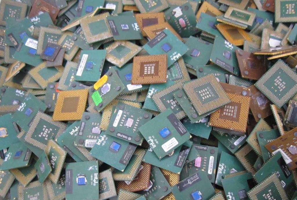 CPU plástico cl: B - 8,00 € / kg